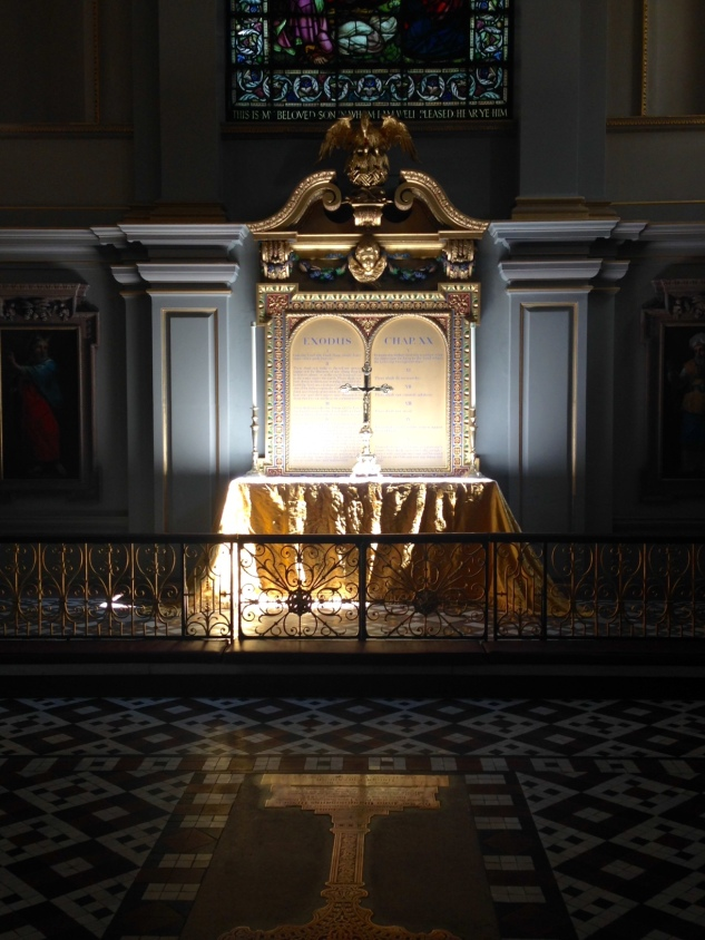 St Giles Altar Sept 2015
